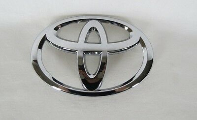 Toyota Grille Emblem 11-13 Highlander/12-14 Camry L Se New Oem Grill Badge Sign