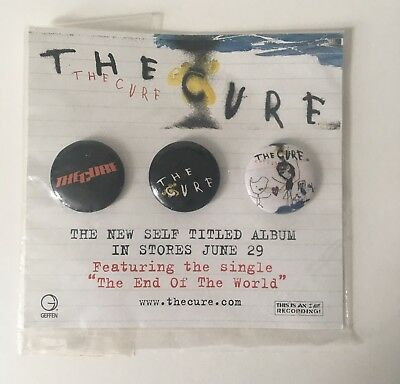 THE CURE 2004 Geffen Records promo 3 button/badge set on card Flawless condition