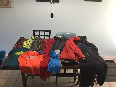 BOYS 6-7 HUGE Lot Winter Clothes 16 Items Winter Coats And Snow Suit