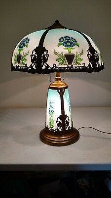 Arts and Crafts Style Antique Lighted base Slag glass Lamp Handel era