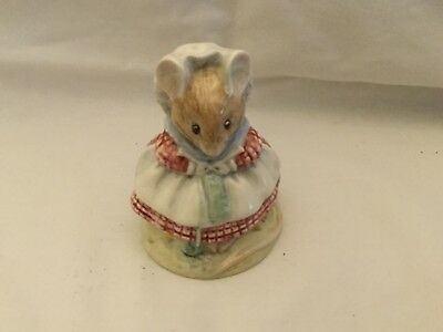 Beswick Beatrix Potter. The Old Woman who Lived in a Shoe (knitting) BP3b