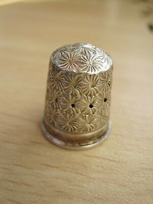 Antique solid silver thimble size 7