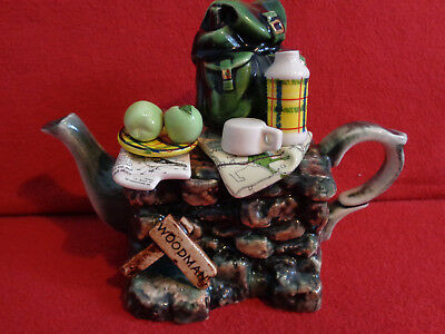 ** Exquisite Detailed Hikers Rest Cardew Teapot ** ** In Excellent Condition **