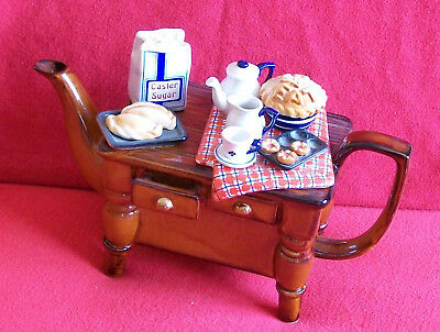 ** Beautiful Baking Day Large Cardew Teapot** ** Excellent Condition **