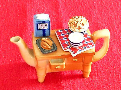 """** """"oh That Smell Of New Bread"""" Cardew Baking Day Teapot** **brill Condition**"""