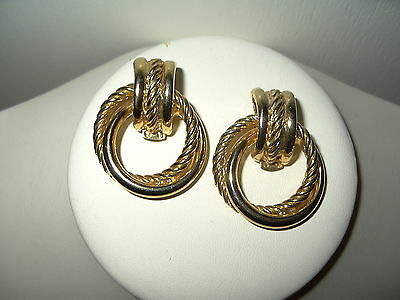 Vintage Goldtone Smooth & Textured Double Circle Shoe Clips