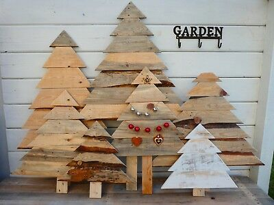 Wood Pallet Christmas Tree.Rustic Reclaimed Hand Crafted Wooden Pallet Christmas Tree Small