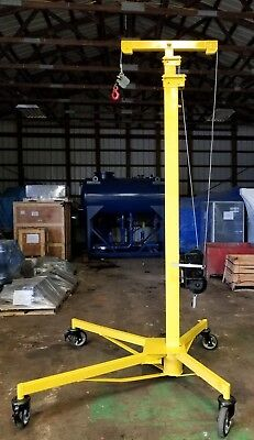 Sumner Z-250 Roust-A-Bout Pipe and Material Lift, 2000 LB. Capacity, 25' Reach