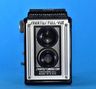 vintage Spartus Full-Vue, USA made TLR style 120 box camera 1948 - 1960