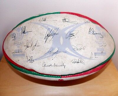 Welsh RugbyTeam - Official Gilbert Ball Signed By Full Squad 2004/05 Six Nations