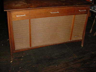 STEREO  VINTAGE CONSOLE 1960s
