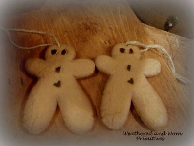 "Primitive Country Resin Christmas Gingerbread Men Ornaments 4"" - Set of 2"