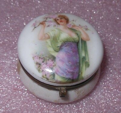 Great Antique Porcelain Pill Box With Victorian Woman Top