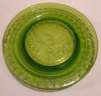 Vintage LE Smith Large Round GREEN Glass American Eagle & Stars Ashtray 9 1/4""