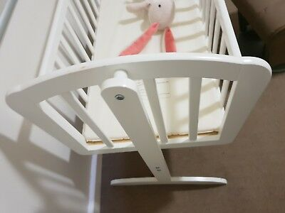 Nursery Baby Cradle Bassinet Wooden White + Mattress Baby Swing Cot