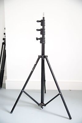 Manfrotto professional stand