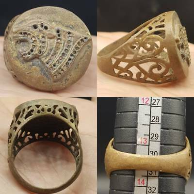 Ancient Wonderful Unique Brass Ring With Wild Lion Engraved      #6G