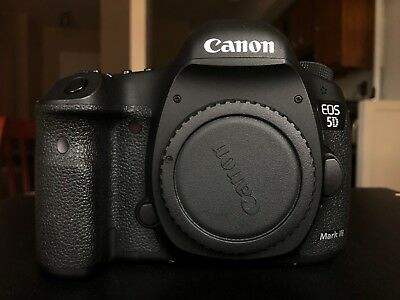 Canon EOS 5D Mark III 22.3 MP Full Frame, perfect condition