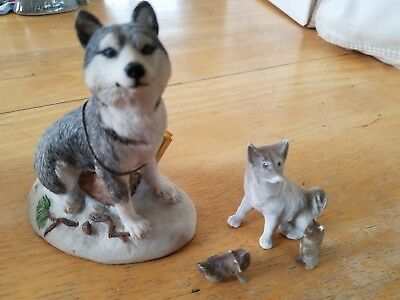 Lot of 4 Older Dog figurines - Siberian husky, arctic, northern breed, sled