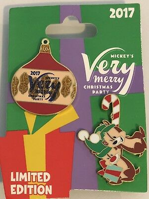 Walt Disney Chip & Dale 2017 Very Merry Christmas Party 2 Pin Set NEW