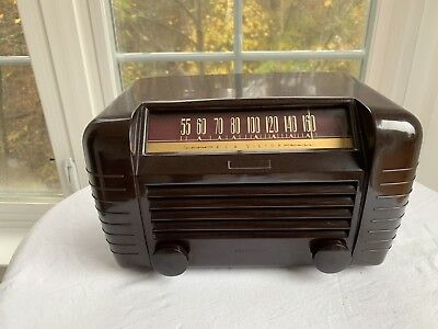 Vintage RCA Victor Tube AM Radio Model 65X1  Mint Condition, Plays