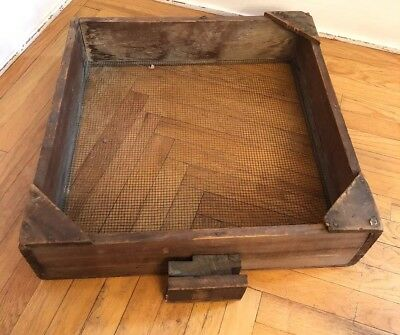 Primitive Old Farm House Barn Hand Tool Wood & Wire Sifter Box Shelf Drawer