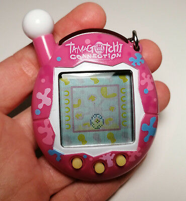 Tamagotchi Connection V4 von Bandai 2004