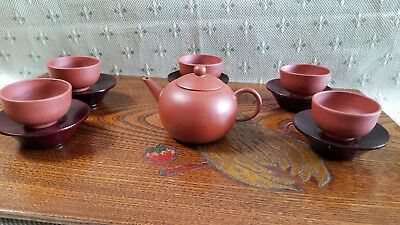 Chinese Elegant Yixing Zisha Clay Teapot / 5 Cups And Wooden Saucers Set
