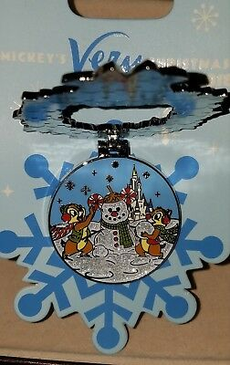 Disney Pin Mickey's Very Merry Christmas Party 2018 Chip N Dale Free Shipping