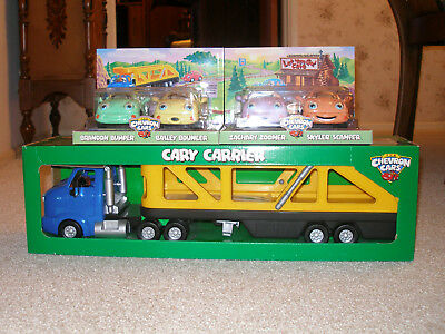 Chevron Cars Cary Carrier w Auto Loads for Top and Bottom of Trailer  - NEW