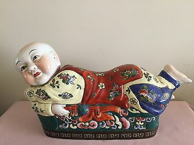 Antique chinese pillow headres statue with mark
