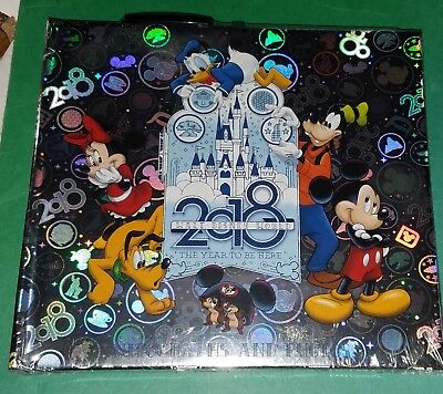 Disney Parks Autographs and Photos Book with Ball Point Pen 2018 -  Sealed