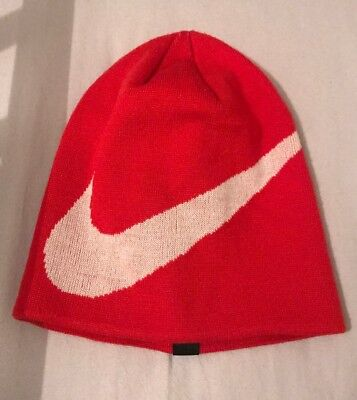 Nike Arsenal Player Issue Training Football Hat- Beanie Winter Hat Red 2012 Rare
