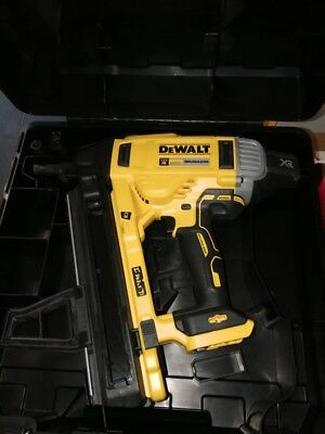 Dewalt Dcn 890 (Body Only )