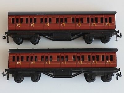 2x TRIX TWIN TTR (TRIX EXPRESS) LONDON TRANSPORT PERSONENWAGEN  (NACHBILDUNGEN)