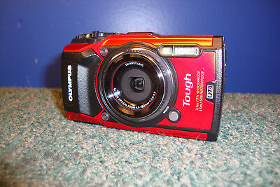 Olympus Tough Tg-5 F2.0 Digital Camera -As Is For Parts - Needs Repair - Cracked