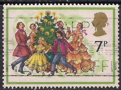 GB 1978 QE2 7p Christmas Carol Singers SG 1071 used stamp  ( D957 )