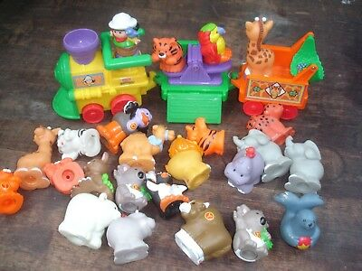 fisher price little people   ZOO train with 23 animals  RARE