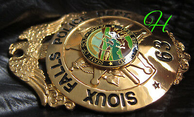 gb/ Historisches  police badge + Sioux Falls Police Department, South Dakota
