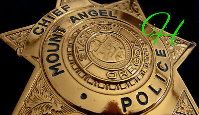 gb/ Collector police badge + Chief Mount Angel Police , Oregon