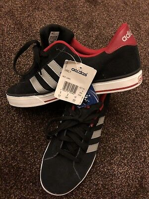 ADIDAS DAILY TEAM nubuck black   white trainers in size 9.5 uk 44 eu ... 903759fc4