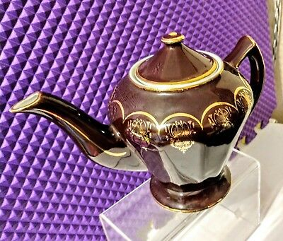Vintage Hall #0227 Brown and Gold Albany 6 Cup Teapot Circa 1930s