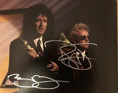 Picture Signed By BRIAN MAY ROGER TAYLOR Queen