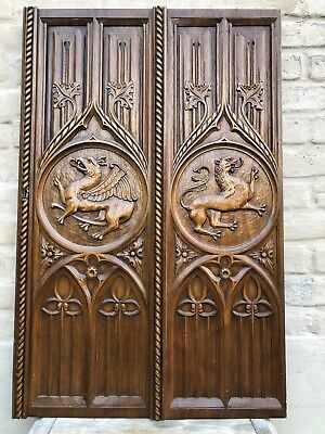 Top Quality Gothic Revival Panel with Dragon/Gargoyle / griffin /Lion nr 1