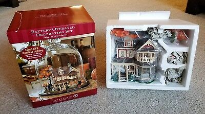Dept 56 Snow Village Thanksgiving At Grandmother's House NIB  #56.55358
