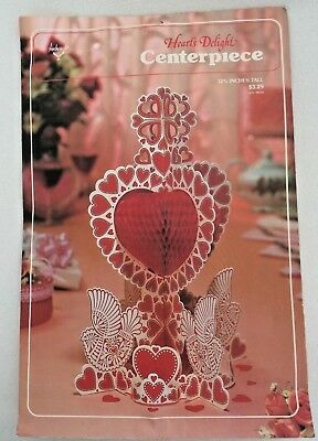 "VINTAGE AMBASSADOR ""HEART'S DELIGHT"" CENTERPIECE Honeycomb  Valentine's DAY"