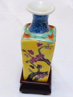 Chinese Vintage Mini Porcelain Vase with Stand, Marked China