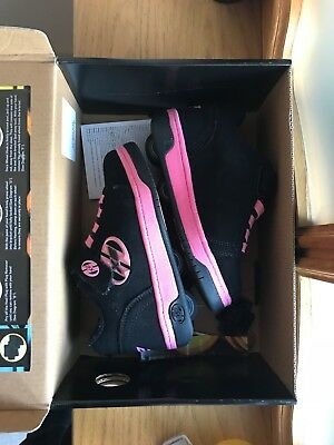heelys size 11 black/pink very good condition