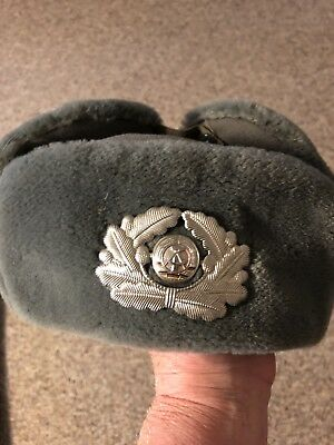 0cfb359e49de7 East Germany DDR Army Military Winter Hat Size 53 Grey With Insignia Acorn