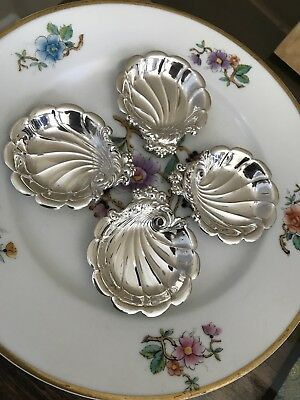 One (1) Lunt Eloquence Sterling Silver Butter Pat Dish No Mono